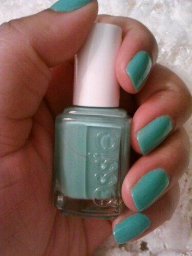 wpid 2012 02 12 23.07.25 Beauty Fav!   Essie Turquoise & Caicos