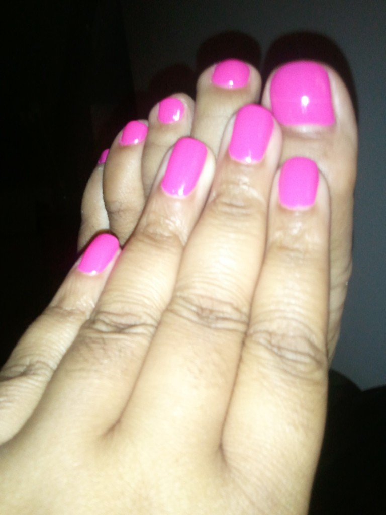 pink2 e1337398816147 768x1024 Beauty Fav   Essie Lights
